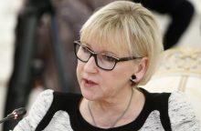 Švedijos ministrė: neketiname jungtis prie kokių nors karinių aljansų