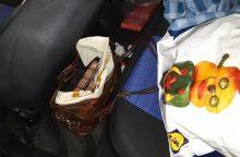 Pagėgiuose įkliuvo kontrabandą vežę kėdainiečiai