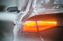 Vairuokite atsargiai: rajoniniai keliai – slidūs