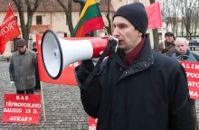 Teisėsauga suėmė buvusį Liaudies fronto pirmininką A. Paleckį