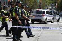 Melburne automobilis rėžėsi į pėsčiuosius: žuvo keturi žmonės, 20 sužeisti