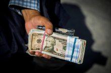 JT: per metus kyšiams išleidžiama maždaug trilijonas JAV dolerių