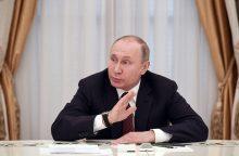 Premjeras neprognozuoja lengvesnių santykių su Rusija perrinkus V. Putiną