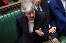 "Th. May sako vis dar pasiryžusi įvykdyti ""Brexit"""