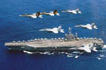 JAV lėktuvnešiai pykdo Kiniją