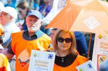 Prie Seimo – profsąjungų protestas prieš mokesčių ir pensijų reformas