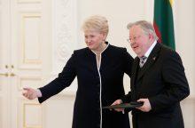 85-metį švenčiančiam V. Landsbergiui prezidentė linkėjo kūrybos metų