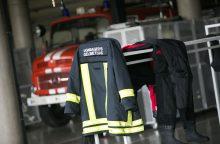 Domeikavoje per gaisrą nukentėjo moteris