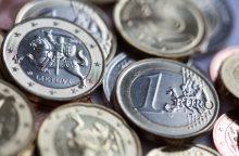 Partijos iš savo narių gauna nuo keliasdešimt centų iki 20 eurų narystės mokesčio