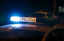 Alkoholio matuoklio parodymus pamatęs vyras puolė mušti policininką
