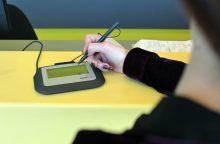 Paštuose įrengtos parašo planšetės tausos laiką ir popierių