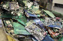 Gyventojai priduoda vis daugiau elektroninės įrangos atliekų