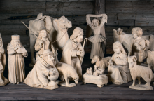 Apleistoje bažnyčioje – prakartėlių paroda