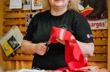 Trisdešimt teatro metų: sukirpėja-kostiumų dailininkė V. Šuklytė