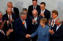 A. Merkel pergalę rinkimuose temdo nacionalistų atėjimas į parlamentą