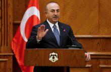 Turkija įspėja Sirijos vyriausybės pajėgas, kad kausis su jomis Afrine