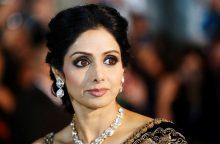 """Bolivudo """"Oskaru"""" pagerbta atsitiktinai nuskendusi Indijos superžvaigždė"""