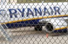 """""""Ryanair"""" penktadienį atšaukia 190 skrydžių"""