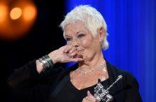 Britų aktorė J. Dentch apdovanota už viso gyvenimo pasiekimus