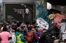 """Tūkstančiai žmonių atsisveikino su velione """"The Cranberries"""" dainininke"""