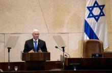 M. Pence`as pasakė, kada planuojama JAV ambasadą perkelti į Jeruzalę
