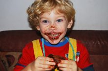 Dietologė: jeigu vaikas valgo daug, tai nebūtinai lems antsvorį