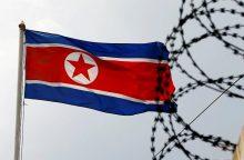 Seulas sustabdė transliuojamą propagandą pasienyje su Šiaurės Korėja