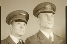 V. Baumila ir J. Bareikis įsiamžino 1930-ųjų analoginėse fotografijose