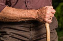102 metų senolis apkaltintas seksualiniu užpuolimu