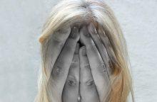 Keturi žingsniai, kurie leis padėti į savižudybę linkusiems žmonėms