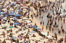 Kritiška situacija: dėl karščio Australijoje lydosi asfaltas
