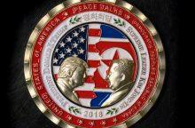 Išleista proginė moneta, skirta suplanuotam D. Trumpo ir Kim Jong Uno susitikimui