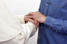 Vienas Vatikano nuncijus figūruoja tyrime dėl lytinio priekabiavimo