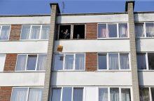 Padegėlio butas – dar be lango ir neremontuotas