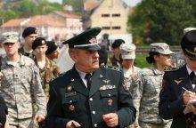 Generolo P. Plechavičiaus licėjaus vadovui – įtarimai dėl piktnaudžiavimo
