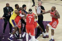 """Muštynėmis paženklintose rungtynėse – """"Lakers"""" pralaimėjimas"""
