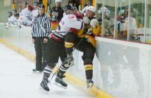 """""""Juodupės"""" ledo ritulininkai lengvai sudorojo """"Hockey Punks"""""""