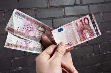 Lietuviai į eurus neišsikeitė dar beveik pusės milijardo litų