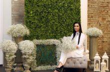 """""""Puokštės"""" floristų gėlių siena – šių metų topas"""