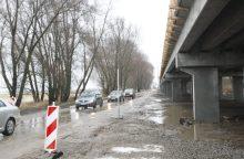 Kelių direkcija teigia nenutrauksianti Rusnės estakados statybos sutarties