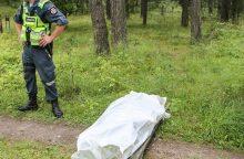 Miškelyje rastas vyro lavonas
