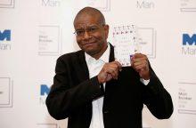 """Prestižinį """"Man Booker"""" apdovanojimą pirmąkart laimėjo amerikietis"""