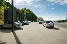 Nemokamų parkavimo vietų Kaune mažėja