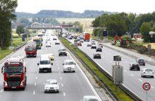 Vokietijoje automobilių keliai taps mokami