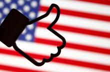 """ES šokiravo pranešimai apie """"Facebook"""" vartotojų duomenų kaupimą"""
