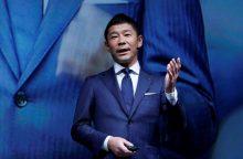 """""""SpaceX"""" kaip turistą į Mėnulį skraidins japonų verslininką"""