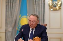 Atsistatydino ilgametis Kazachstano prezidentas