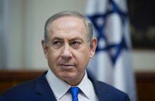 B. Netanyahu ragina Lenkiją neperrašinėti istorijos