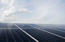 """""""Maxima"""" įrengs saulės jėgaines ant dalies parduotuvių stogų"""