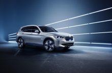"""Pekine pristatytas trečiasis BMW elektromobilis: koncepcinis """"iX3"""""""
